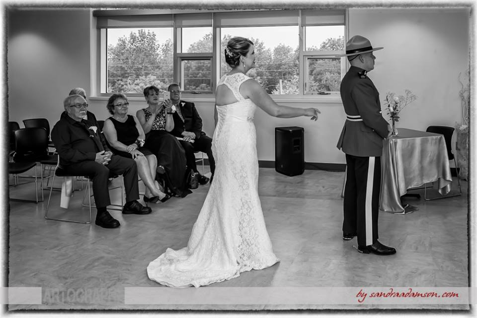 Halifax, Beaverbank, NS, Nova Scotia, wedding, photography, photographer, images, image, photo, photos, kinsac center, bride, groom, first look