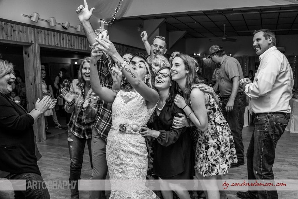 truro, salmon river, lower harmony, ns, nova scotia, wedding, photography, photographer, image, photo, bride, reception, selfie, group