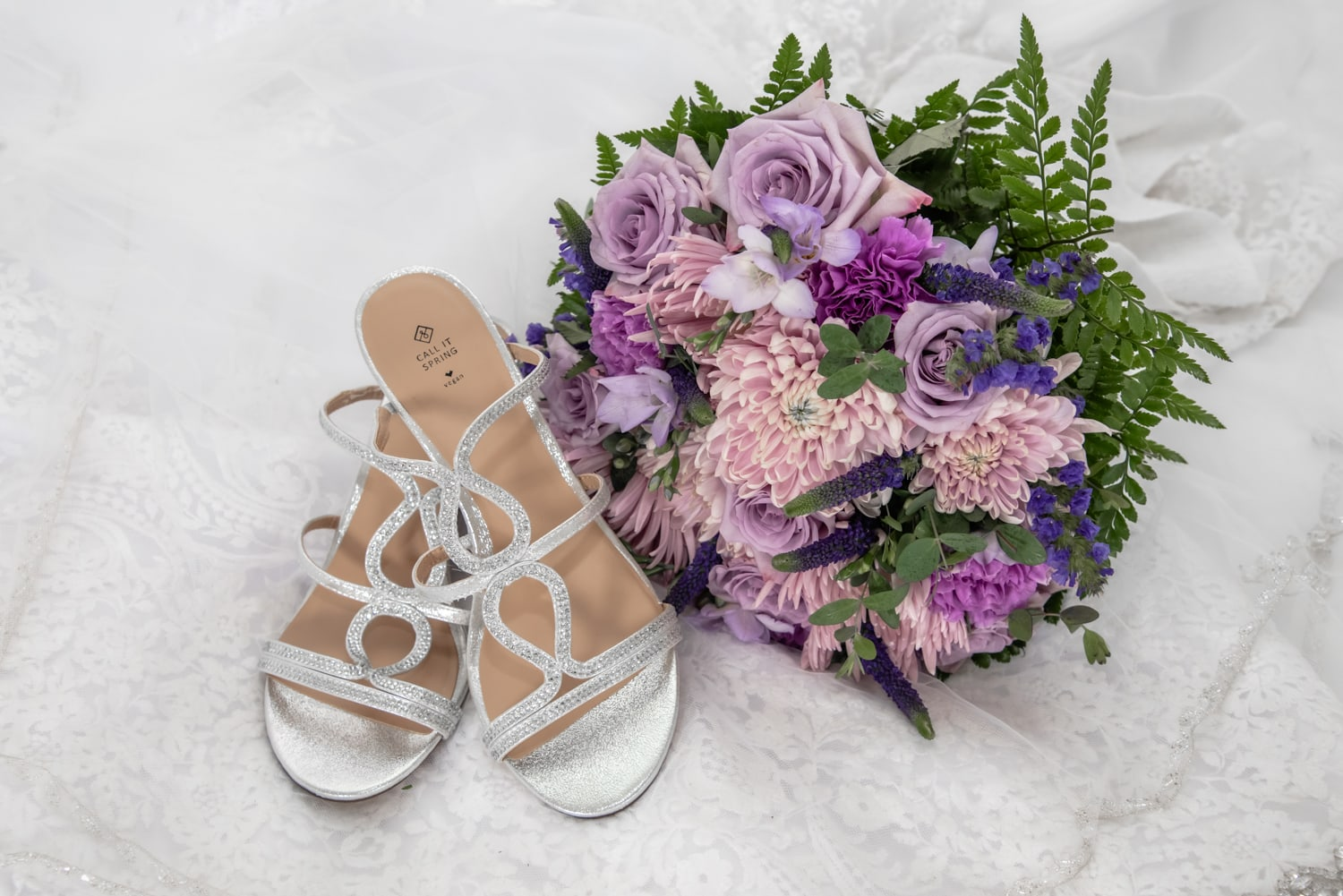 halifax ns wedding photographer, halifax wedding photographers, halifax engagement photographer, engaged, sandra adamson studios, white point beach resort, oceanside, wedding shoes, wedding bouquet, wedding gown, wedding veil