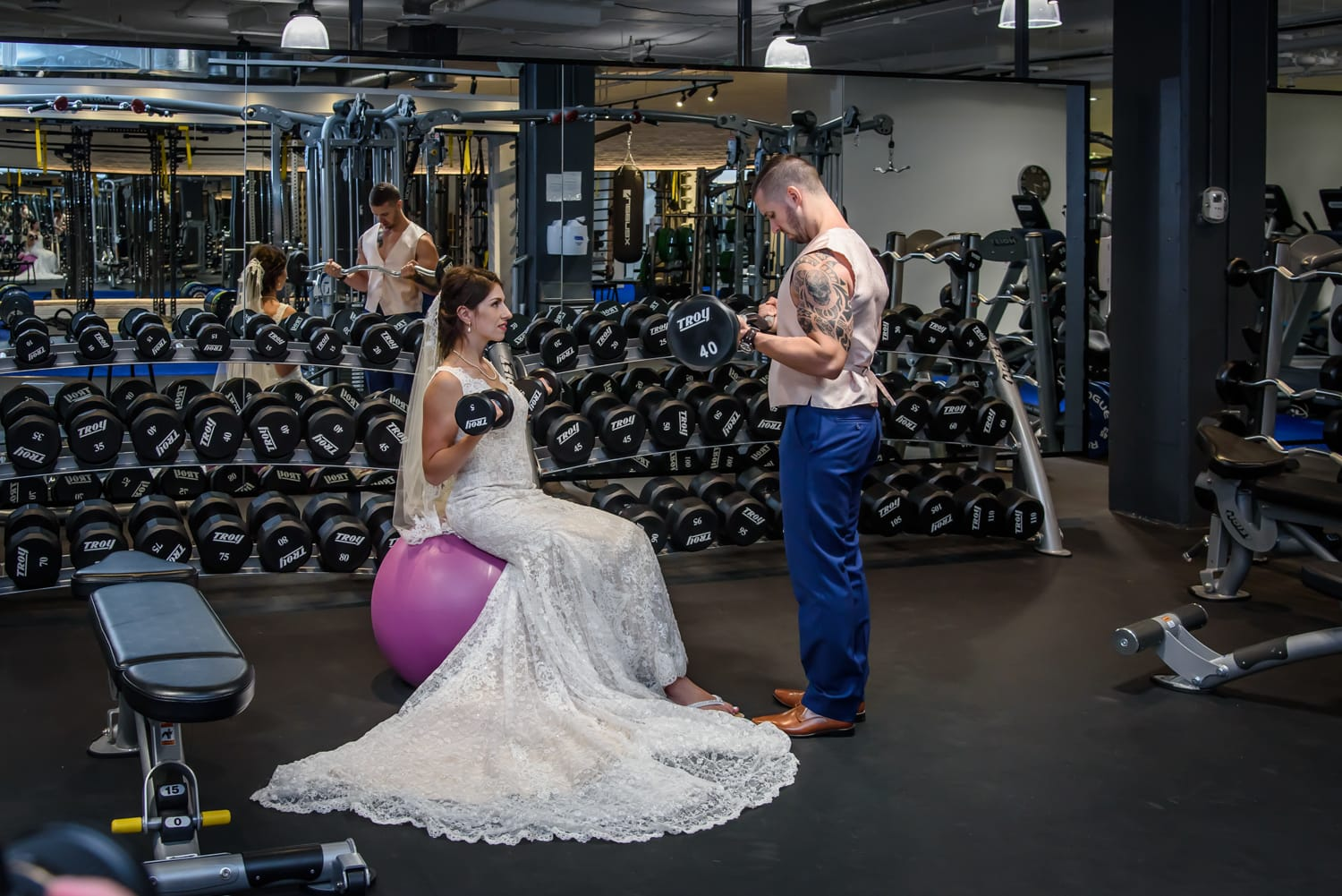 halifax ns wedding photographer, halifax wedding photographers, halifax engagement photographer, engaged, sandra adamson studios, dewolfe park, dewolfe park weddings, bride, groom, gym, O2 Wellness Gym, exercise, dumbbells, weights, shakes,