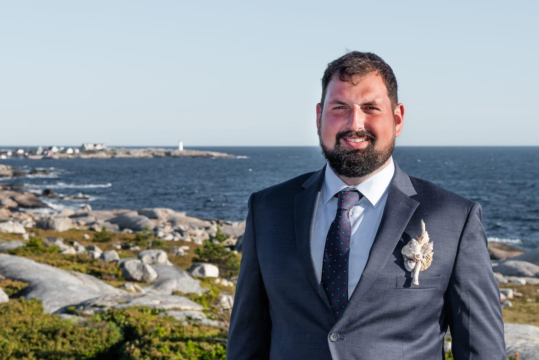 swiss air monument, groom, wedding ceremony, first look, ocean wedding